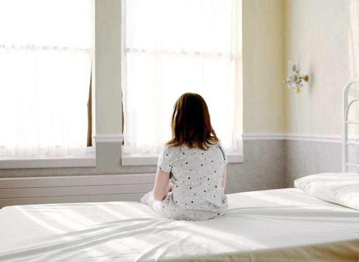Was treibt eine Mutter, die ihre Kinder fast zu Tode quält, um sie dann wieder gesund zu pflegen? Eine Frau berichtet, wie das Münchhausen-Stellvertreter-Syndrom ihr Leben bestimmte.