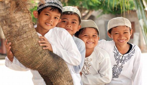 Indonesien Menschen im Indonesien Reiseführer http://www.abenteurer.net/1831-indonesien-reisefuehrer/