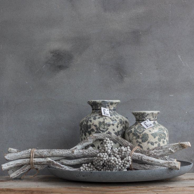 as1675 - Aardewerk vaas 19x26cm bloem zwart/wit, prijs per 4 | Aardewerk en pottery | Kolony