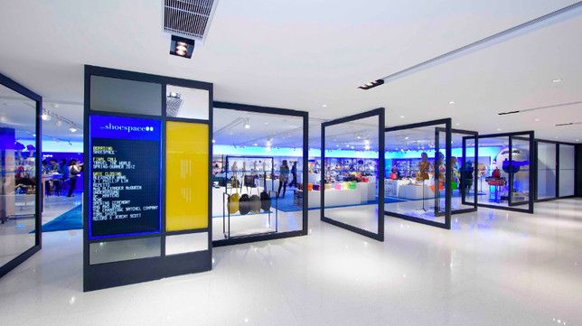 Lab concept queensway plaza hong kong fashion store for Kitchen ideas queensway
