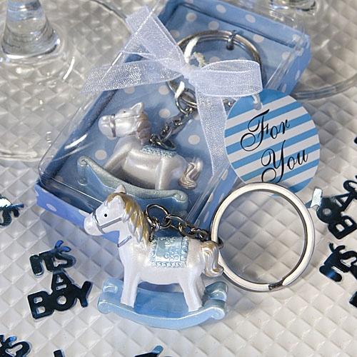 Porte Clé Naissance de Bébé avec un joli Cheval A Bascule, sur www.mybbshowershop.com