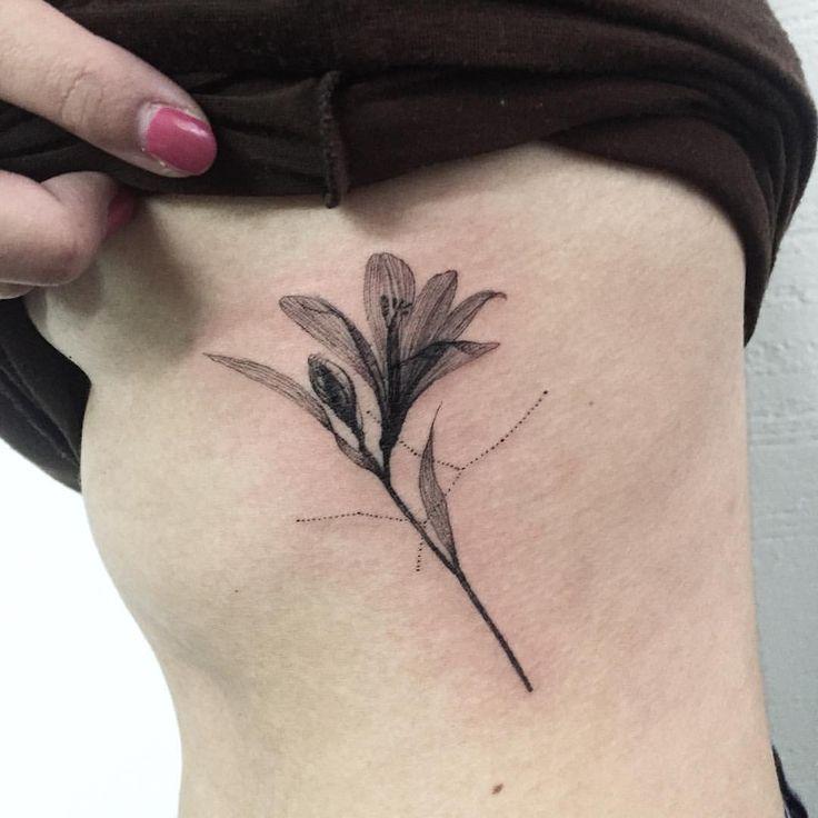 flower + virgo  꽃과 처녀자리  #flowertattoo #linetattoo #virgotattoo #tattoo #tattoos #ink #hongdam #tattooisthongdam #꽃타투 #처녀자리타투 #타투 #홍담 #타투이스트홍담