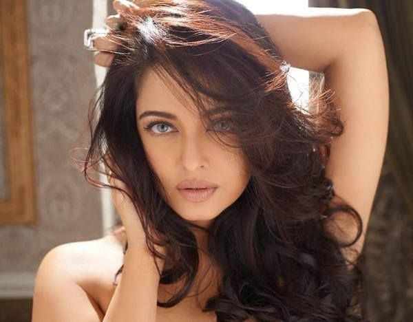 """Aishwarya Rai will perform to her hit songs, including Crazy Kiya Re from """"Dhoom 2"""" and Dola Re Dola from """"Devdas"""" at the ISL opening ceremony."""
