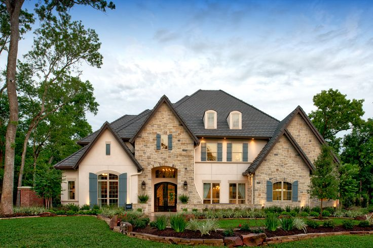 Flower Mound TX new construction homes by Toll Brothers®. Town Lake at Flower Mound offers 13 home designs with luxurious options & features. Learn more today!