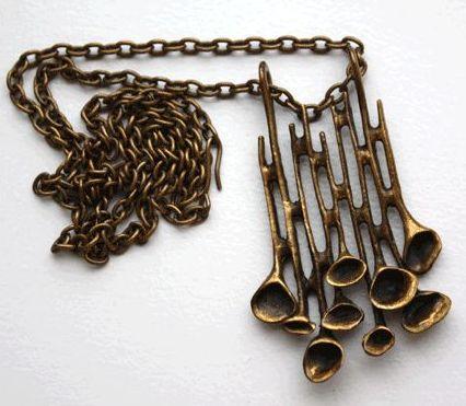 Hannu Ikonen, Bronze Necklace
