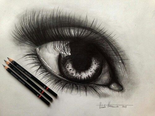 Realistic drawing of an eye | Art | Pinterest | An eye ...