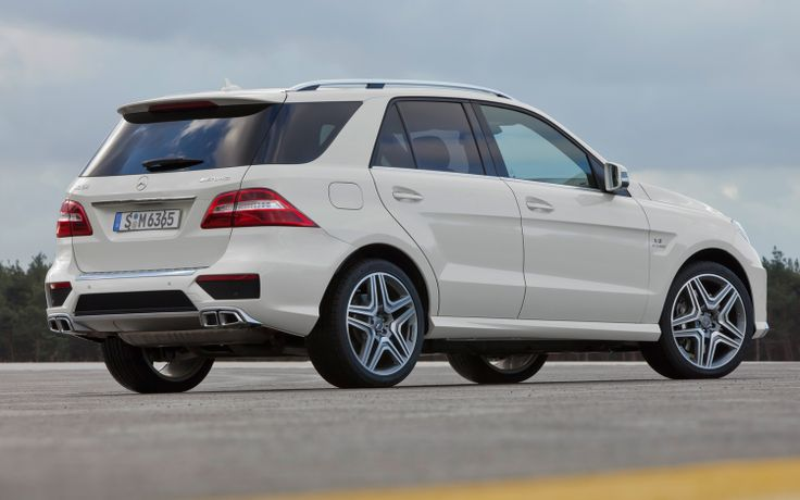 2013-Mercedes-Benz-ML-63-AMG-rear-view Photo on February 8, 2013