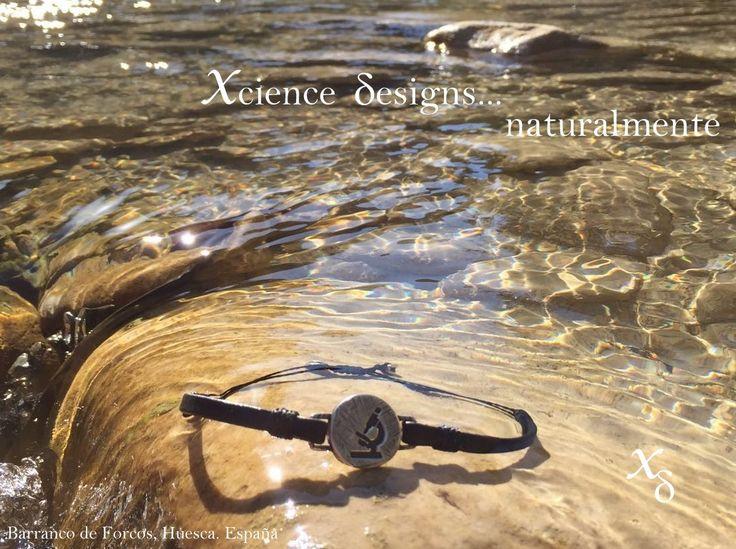 #pulsera para el #hombre de #ciencia. Pulsera de plata 925 y cuero.  #science #moda #científico #biología #investigación