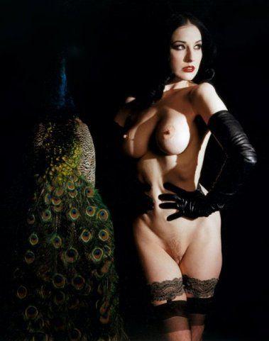 Фотограф - Мэрилин Мэнсон, 2002 год.