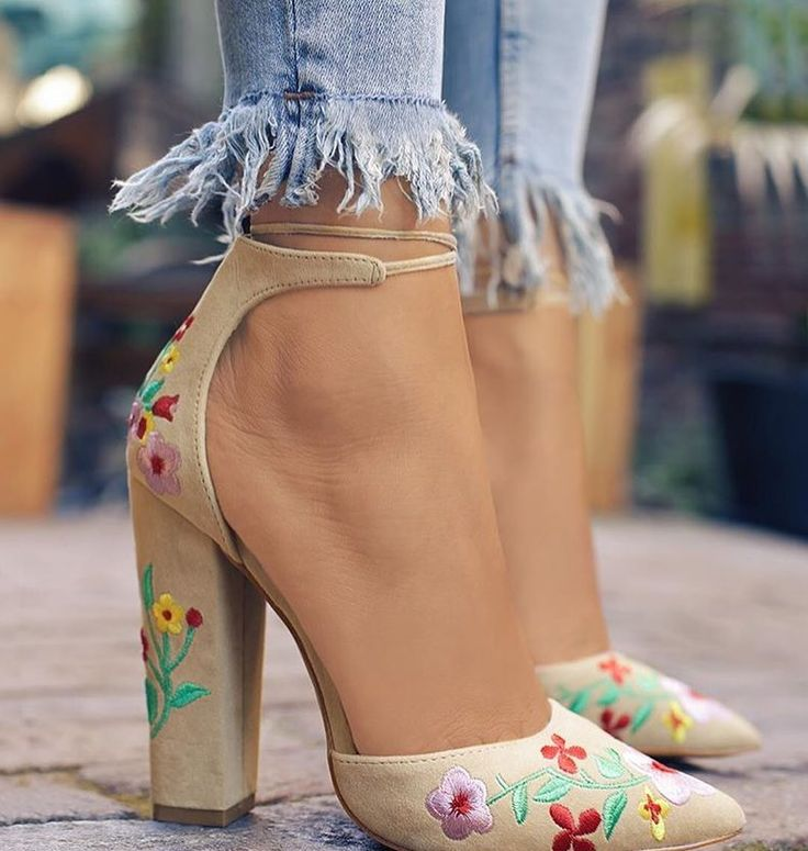Perfect heels, Agree?