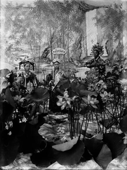 Empress Dowager Cixi - Empress Dowager Cixi as Boddhisattva Guanyin.