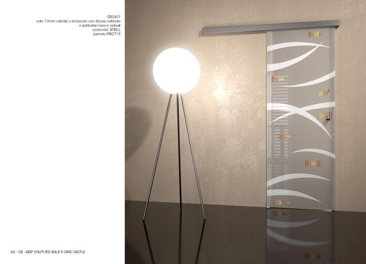 scorrevole esterno muro con mantovana, cristallo satinato con stampa digitale