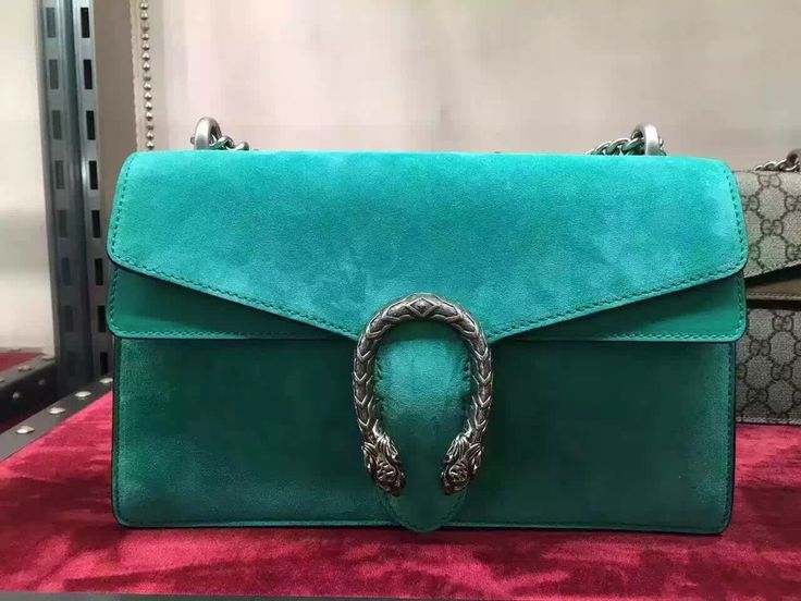 Authentic discount price Gucci Dionysus bag green suede leather www.lamodabags.com #gucci #dionysus #shoulder #bag #guccidionysus #lamodabags.com