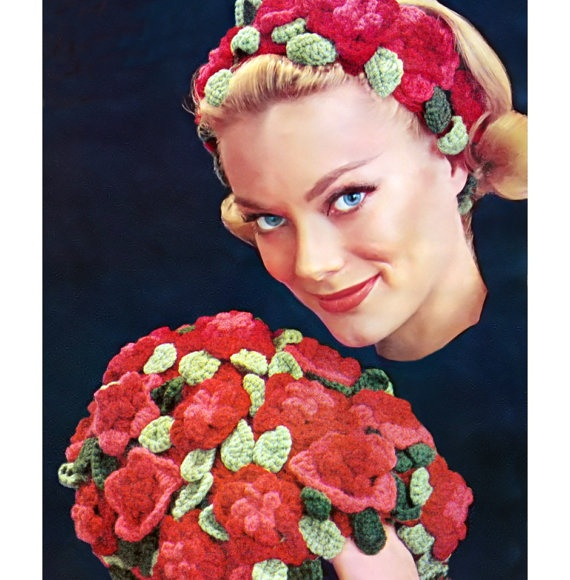 Free Crochet Pattern For Hand Muff : Vintage Crochet Knitting Pattern Flowers Hand Warmer Muff ...