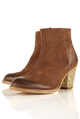 amazing, if I had longer legs I would so rock these with a flowy mini. SO CUTE.