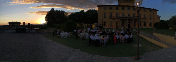 Overview over Florence from amazing Villa di Maiano for Wedding Italy