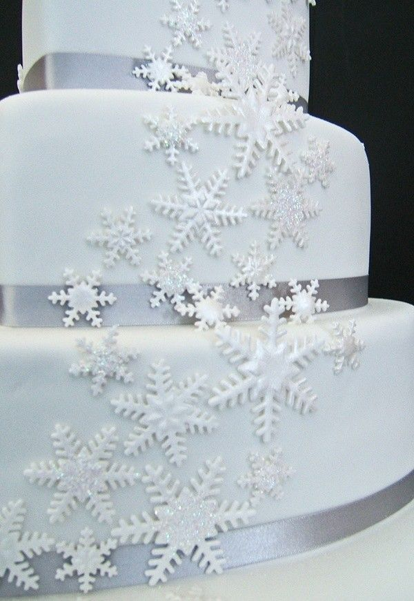 December wedding cakes with snowflake ideas, winter wedding food inspiration, Christmas wedding wedding food ideas, 2014 Valentines day