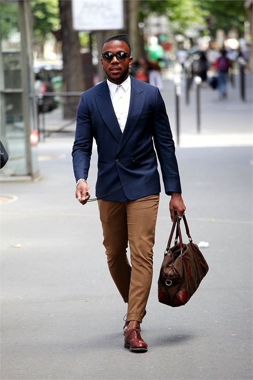 felisfashionb:  slideshow - Vogue.it on We Heart It.  Navy double breasted with toffee chinos. Simple white shirt with leather bag to accessorise