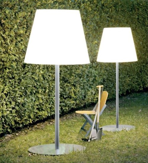 The Outdoor Floor Lamp Photo