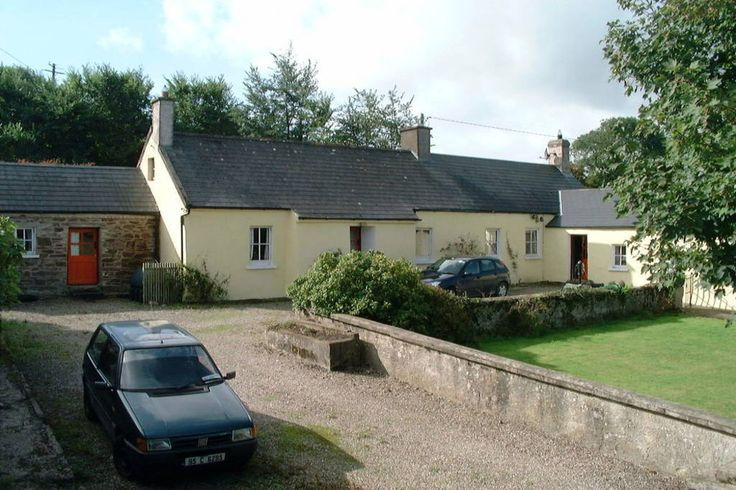 Check out this awesome listing on Airbnb: Keane's Cottage - Houses for Rent in Youghal