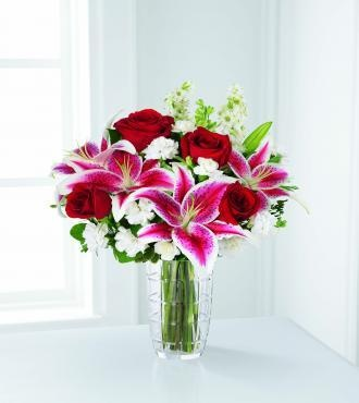 To bring me flowers for my birthday! LOLWhite Flower, Pink Lilies, Stargazer Lilies, Vases, Anniversaries Bouquets, Red Roses, Things, Pink Rose, Arrangements
