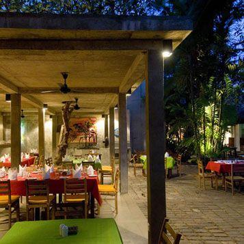 Sri Lanka. Barefoot Garden Cafe, Colombo.