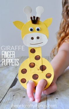 This adorable giraffe finger puppet craft is such a hoot and is so fun for kids to play with! A perfect craft to make after visiting the zoo or as a summer kids craft.