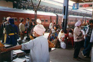 Train travel in India: website met veel info en stap-voor-stap uitleg over online boeken en registreren