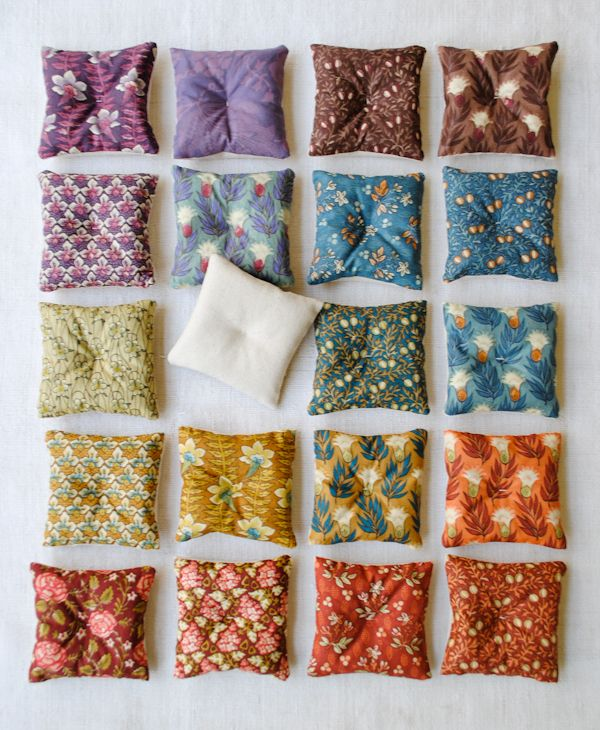 Molly's Sketchbook: LavenderSachets - The Purl Bee - Knitting Crochet Sewing Embroidery Crafts Patterns and Ideas!