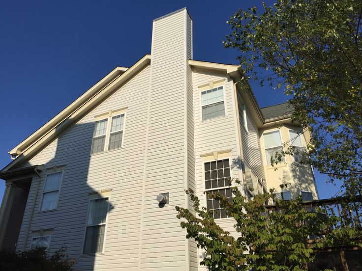 New siding replaced on this home in Leesburg, VA. Siding