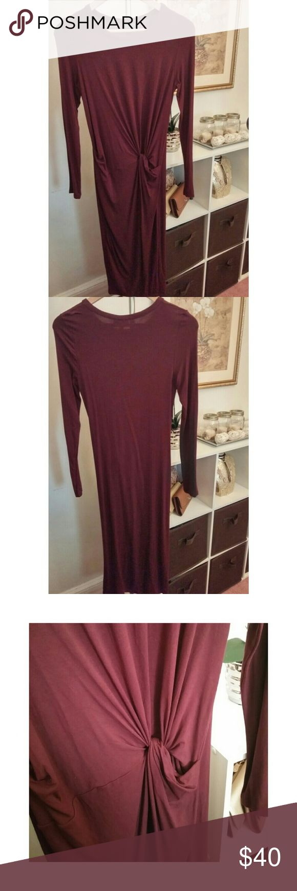 Topshop dress Burgundy longsleeve midi dress Knot draping at the side 94% Viscose 6% Elastane Topshop Dresses Long Sleeve
