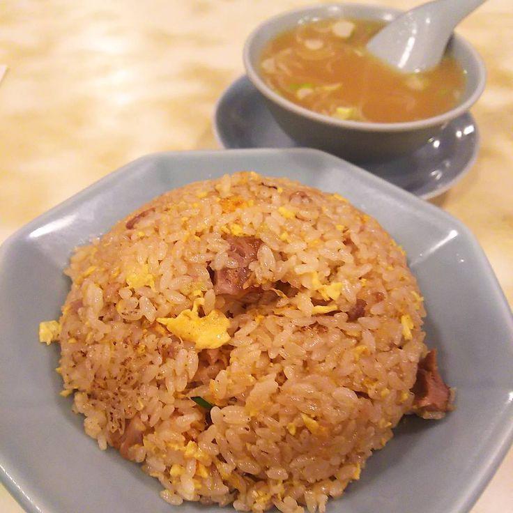 いいね!67件、コメント5件 ― rosa49さん(@rosa.49)のInstagramアカウント: 「たまーに飲みではない神楽坂目指し… #神楽坂 #龍朋  個人的にはこの #炒飯スープ にもスゴく惹かれて そーなります #chinesefood #神楽坂中華 #チャーハン #炒飯…」