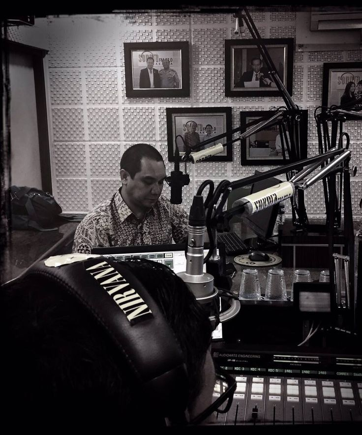 "MakkiMakki's Bussines Show ""Brand And Branding"" at Sonora FM 92.0, Sonora Network."
