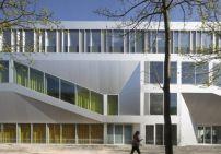 1. Preis: Campus Center Hörsaal Universität Kassel von raumzeit Architekten