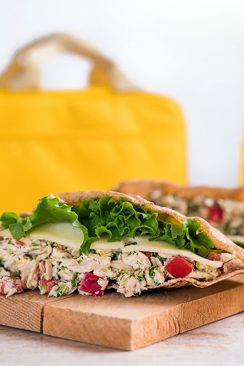 INGREDIENTS BY SAPUTO | Looking for healthy recipe ideas for a picnic with friends or family? This tuna sandwich with a twist features capers, dill and Saputo Havarti cheese. It's sure to become your go-to summer lunch!