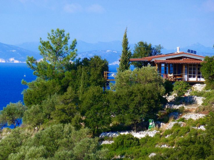 Cottage Mnimata, extraordinary landscape, complete privacy, olive and pine trees, stone terrasses, cleaned and fenced, 7000sm