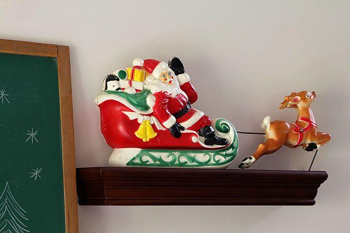 Really cute vintage santa