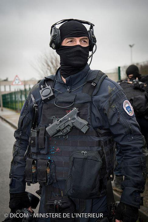 "French GIGN (anti-terrorism unit) after intervention in Dammartin-en-Goëlle, against ""Kouachi brothers""."