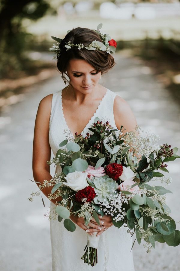 You'll Want to DIY Your Wedding Flowers After Seeing These Bouquets | A well placed succulent can take a classic red and white bouquet to the next level. Try using leftover blooms to create a matching flower crown.