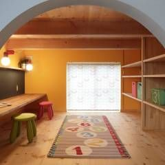 K's HOUSE: dwarfが手掛けたtranslation missing: jp.style.多目的室.scandinavian多目的室です。