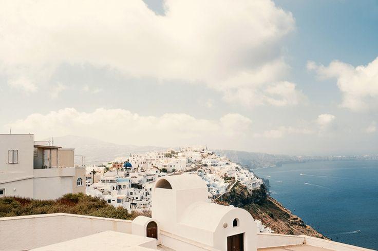 Stunning Santorini Engagement | Fly Away Bride