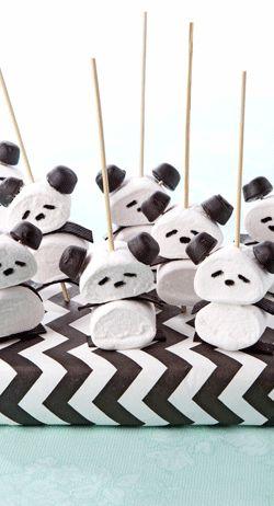 Beregoed, deze lekkere traktatie met pandabeertjes! > http://www.flairathome.nl/zelfmaken/traktatie-pandabeertjes/