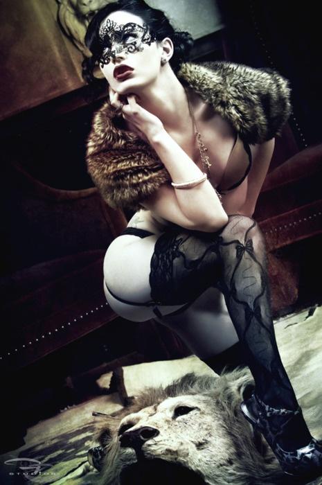 mask: Black Lace, Bondage Ii, Lace Masks, Masquerade, Modern Bondage, Boudoir Baby, Fur Collars, Black Masks, Cat Lady