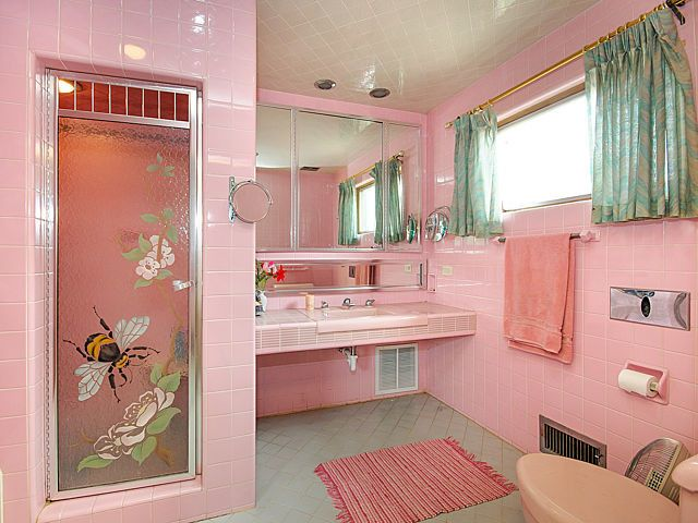 Pink Mid Century Bathrooms In America Home Vintage House Retro Home