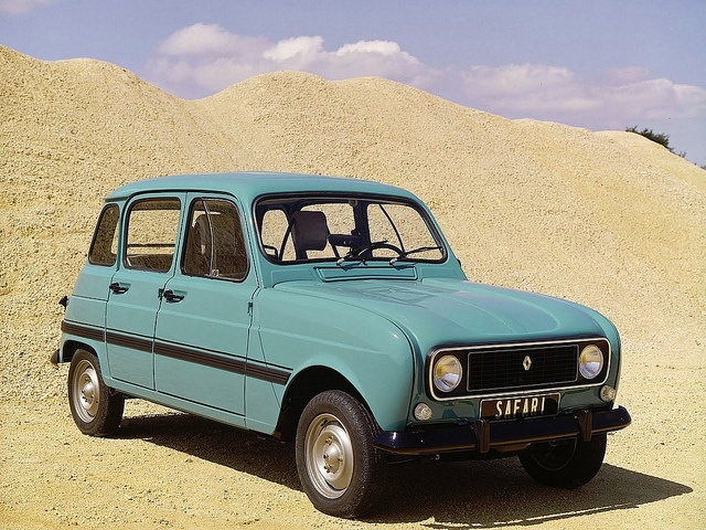 Renault 4 Safari by Auto Clasico, via Flickr