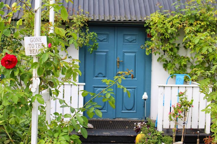 Marie´s travel diary: The doors of Kivik, Skåne, Sweden