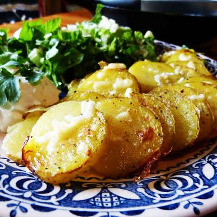 Yukon Gold baked potato rounds are covered with crumbled bacon and melted cheese. Similar to potato skins but so much easier to prepare. Makes a