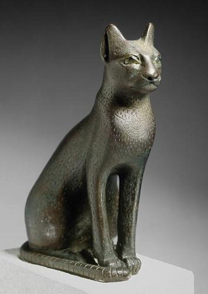 Sitting cat | bronze statue with inlaid quartz eyes ...