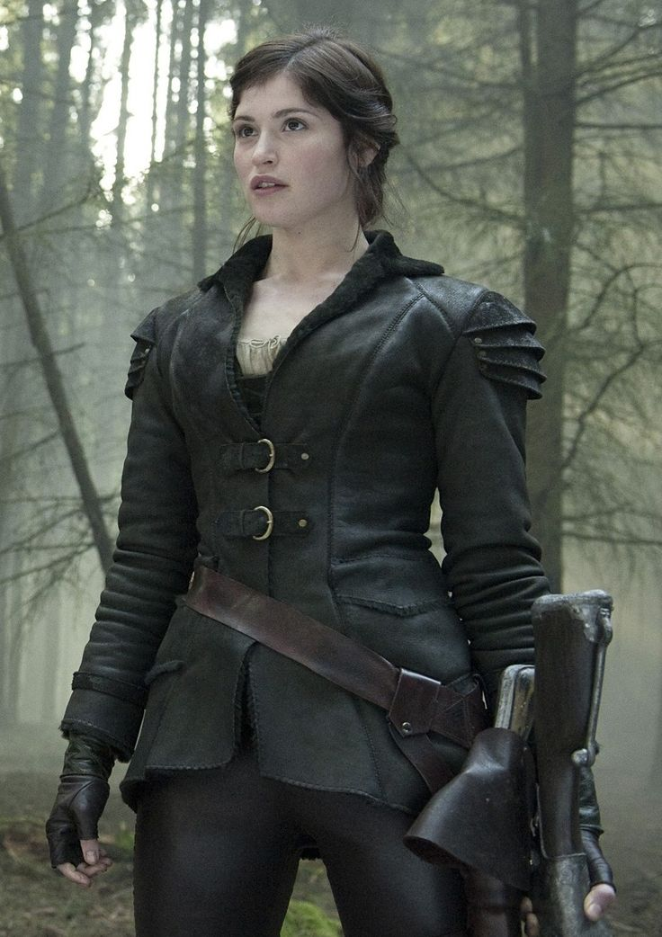 Gemma Arterton - Hansel and Gretel - Coat Jacket Costumes