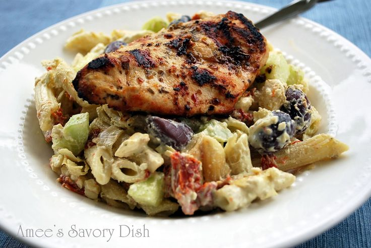 Greek Chicken and Tangy Tzatziki Pasta Salad: Best Food Bloggers Recipes, Maine Dishes, Tangi Tzatziki Pasta Salad, Greekchicken, Amee Savory, Ame Savory, Chicken Greek, Savory Dishes, Greek Chicken